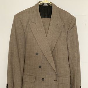 Mens Double Breasted Patterned Suit